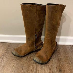Sorel waterproof boots - 8.5
